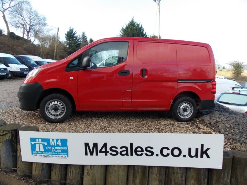 used Nissan NV200 1.5dci, SE swb van in wiltshire