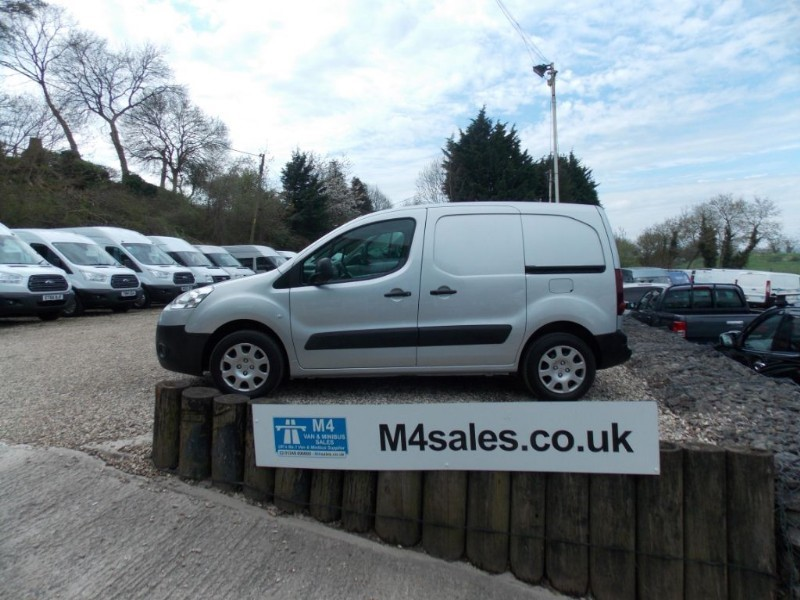 used Peugeot Partner 1.6hdi,L1 SE,3 seats. in wiltshire