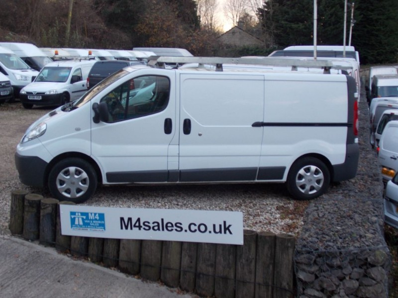 used Renault Trafic LL29 DCI LWB NO VAT in wiltshire