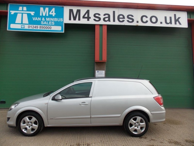 used Vauxhall Astra CDTI SPORTIVE in wiltshire