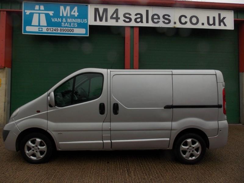 used Vauxhall Vivaro 2700 CDTI SWB SPORTIVE in wiltshire