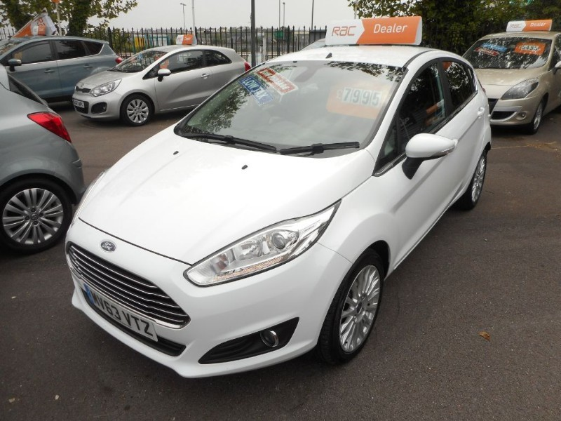 used Ford Fiesta TITANIUM in glamorgan