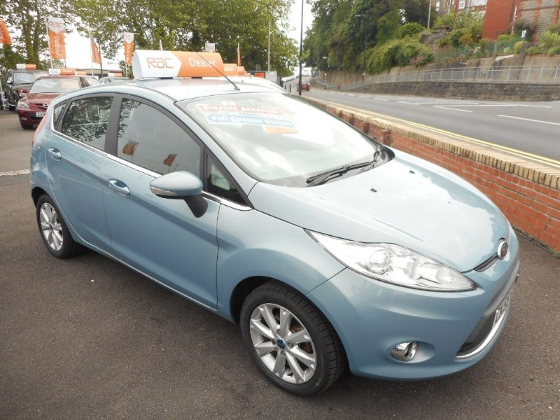 used Ford Fiesta ZETEC 16V in glamorgan