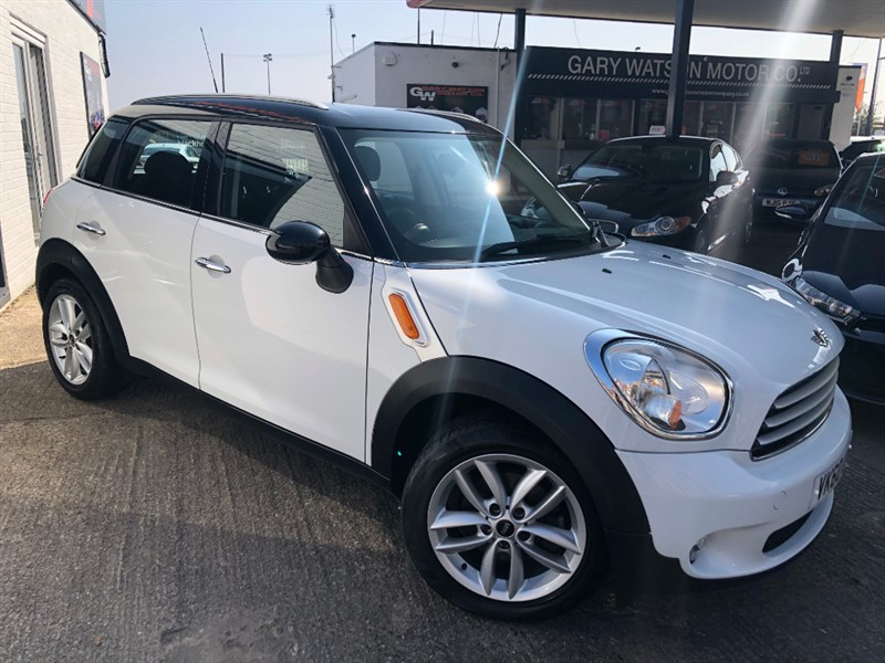used MINI Countryman COOPER D in glamorgan