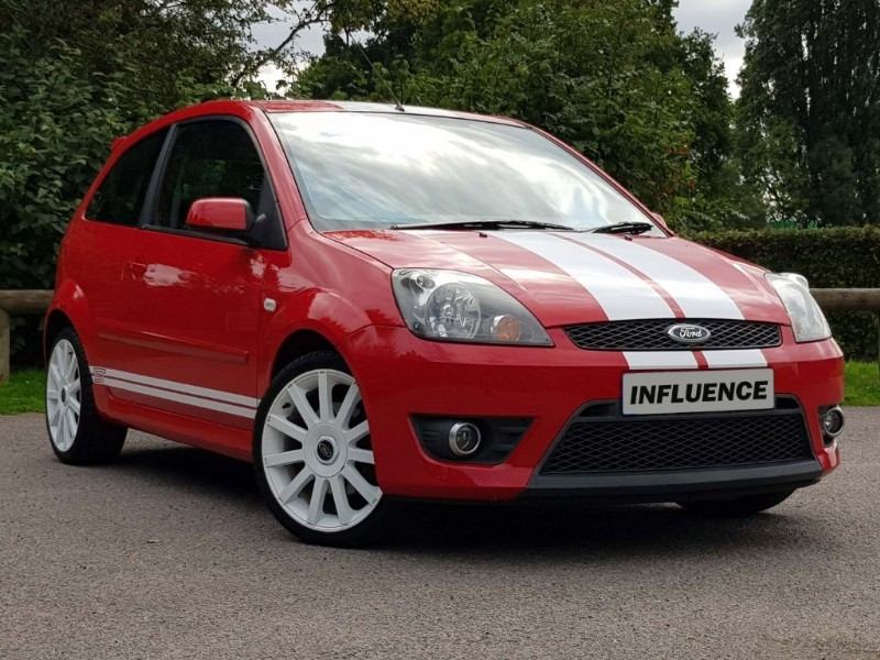 used Ford Fiesta ST 16V in leatherhead-surrey