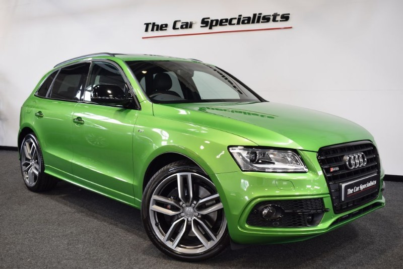 "used Audi SQ5  PLUS 3.0 TDI QUATTRO EXCLUSIVE JAVA GREEN PAN ROOF BLACK PACK 21"" ALLOYS in sheffield"