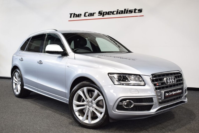 "used Audi SQ5  TDI QUATTRO SAT NAV BLUETOOTH 20"" ALLOY WHEELS REVERSE CAMERA SIDE ASSIST in sheffield"