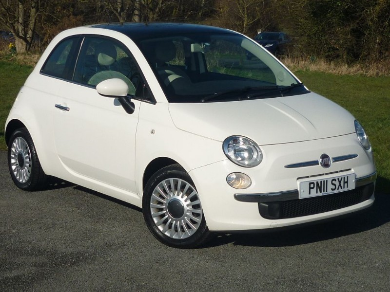 used Fiat 500 LOUNGE WITH 1 YEAR FREE AA MEMBERSHIP** in wirral-cheshire