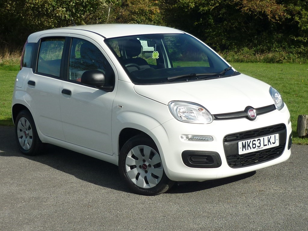 used Fiat Panda POP WITH 1 YEAR FREE AA MEMBERSHIP** in wirral-cheshire