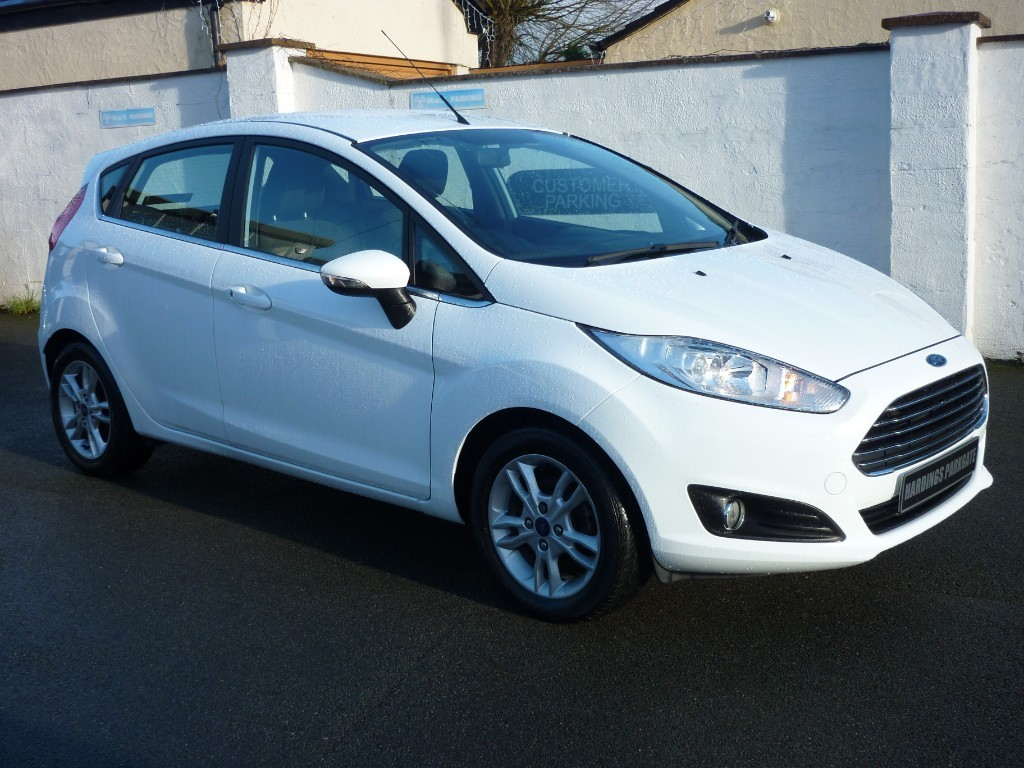 used Ford Fiesta ZETEC WITH 2 YEARS FREE SERVICING* used cars in wirral-cheshire