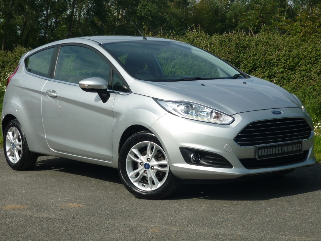 used Ford Fiesta ZETEC AUTO in wirral-cheshire