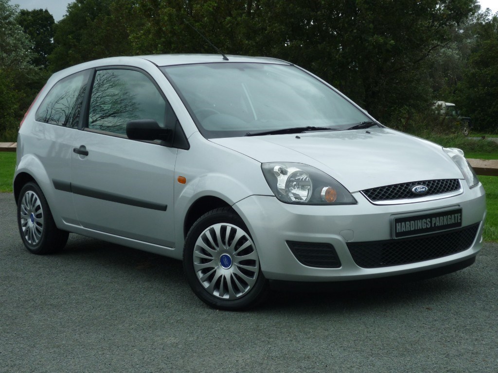 used Ford Fiesta STYLE 16V in wirral-cheshire