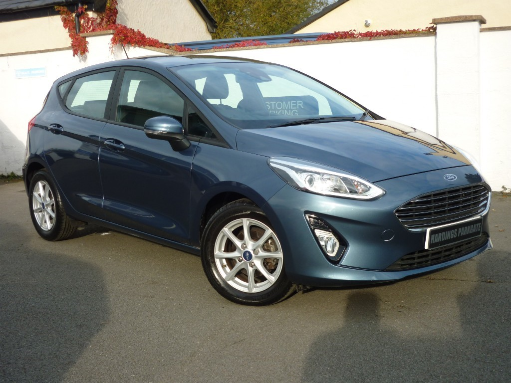used Ford Fiesta ZETEC AUTO WITH 2 YEARS FREE SERVICING* used cars in wirral-cheshire