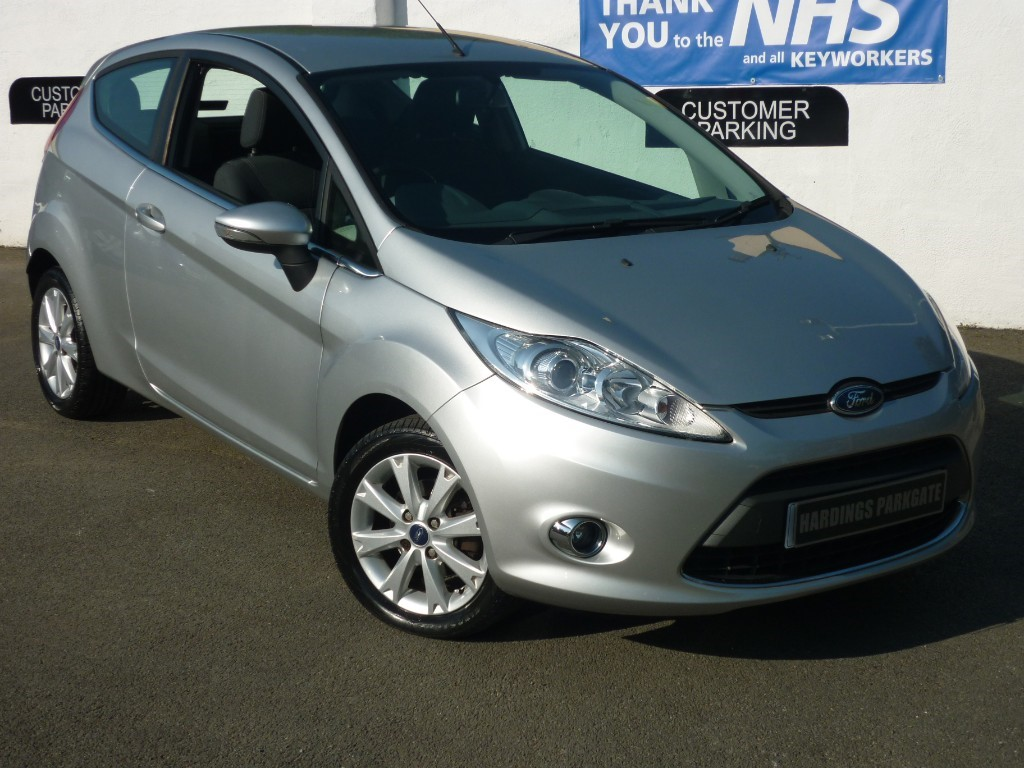 used Ford Fiesta ZETEC FULLY SERVICED + FULL MOT TEST used cars in wirral-cheshire