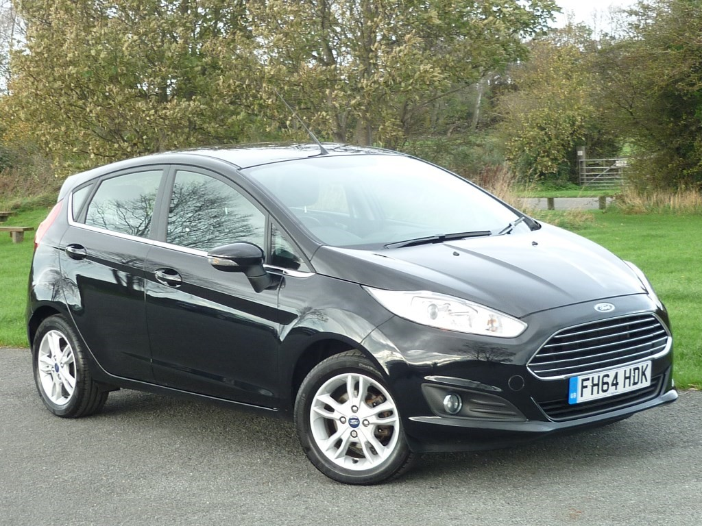 used Ford Fiesta Zetec AUTO WITH 1 YEAR FREE AA MEMBERSHIP** in wirral-cheshire
