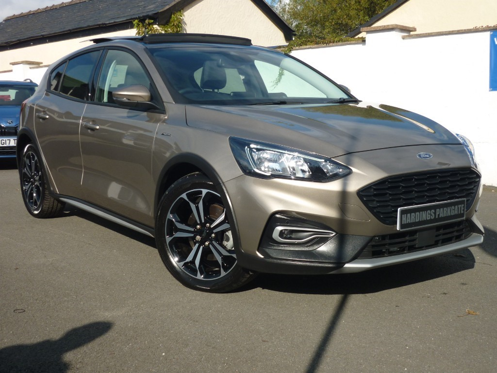 used Ford Focus ACTIVE X AUTO WITH 2 YEARS FREE SERVICING* used cars in wirral-cheshire