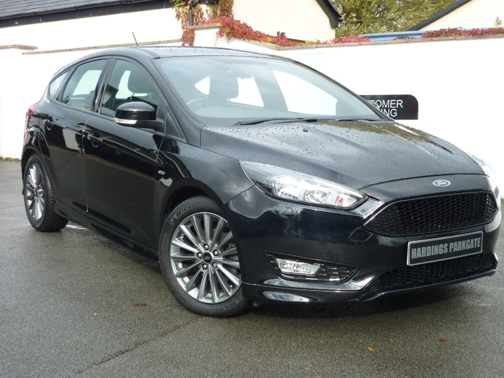 used Ford Focus ST-LINE NAV 140 EcoBoost WITH 2 YEARS FREE SERVICING* used cars in wirral-cheshire