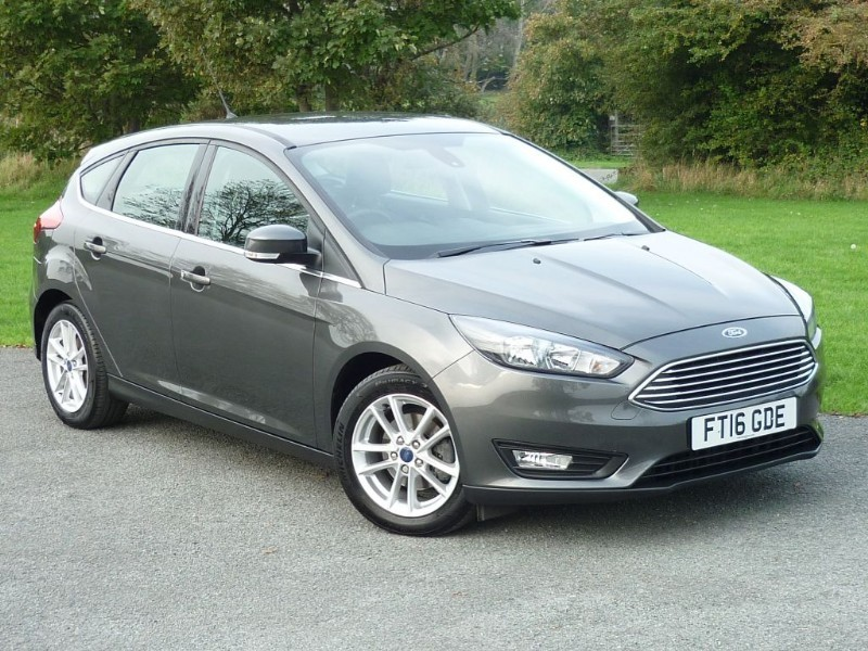 used Ford Focus ZETEC TDCI [NAV] WITH 1 YEAR FREE AA MEMBERSHIP** in wirral-cheshire