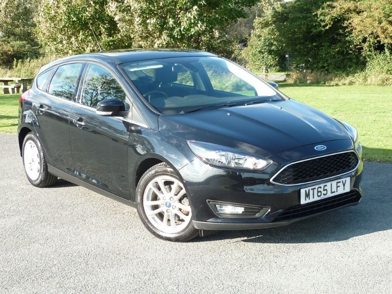 used Ford Focus ZETEC AUTO NAV WITH 1 YEAR FREE AA MEMBERSHIP** in wirral-cheshire