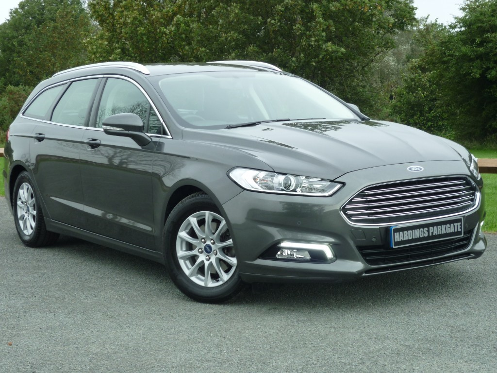 used Ford Mondeo ZETEC ECONETIC TDCI [NAV] ESTATE in wirral-cheshire