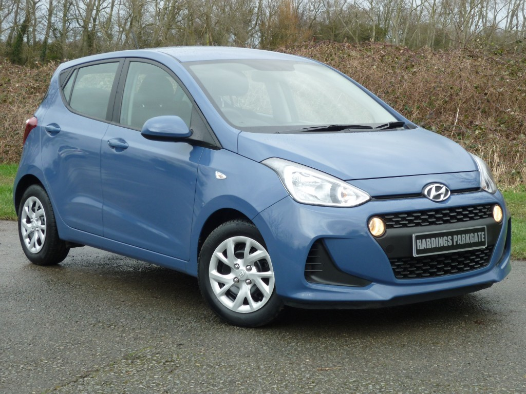 used Hyundai i10 SE WITH 2 YEAR FREE SERVICING* in wirral-cheshire
