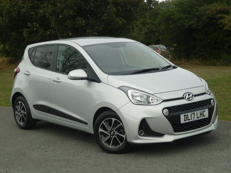 used Hyundai i10 PREMIUM in wirral-cheshire