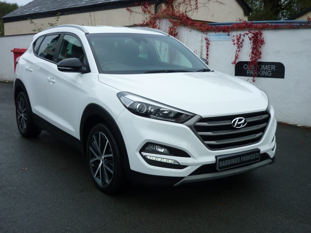 used Hyundai Tucson CRDI GO SE AUTO 2 YEARS FREE SERVICING* used cars in wirral-cheshire