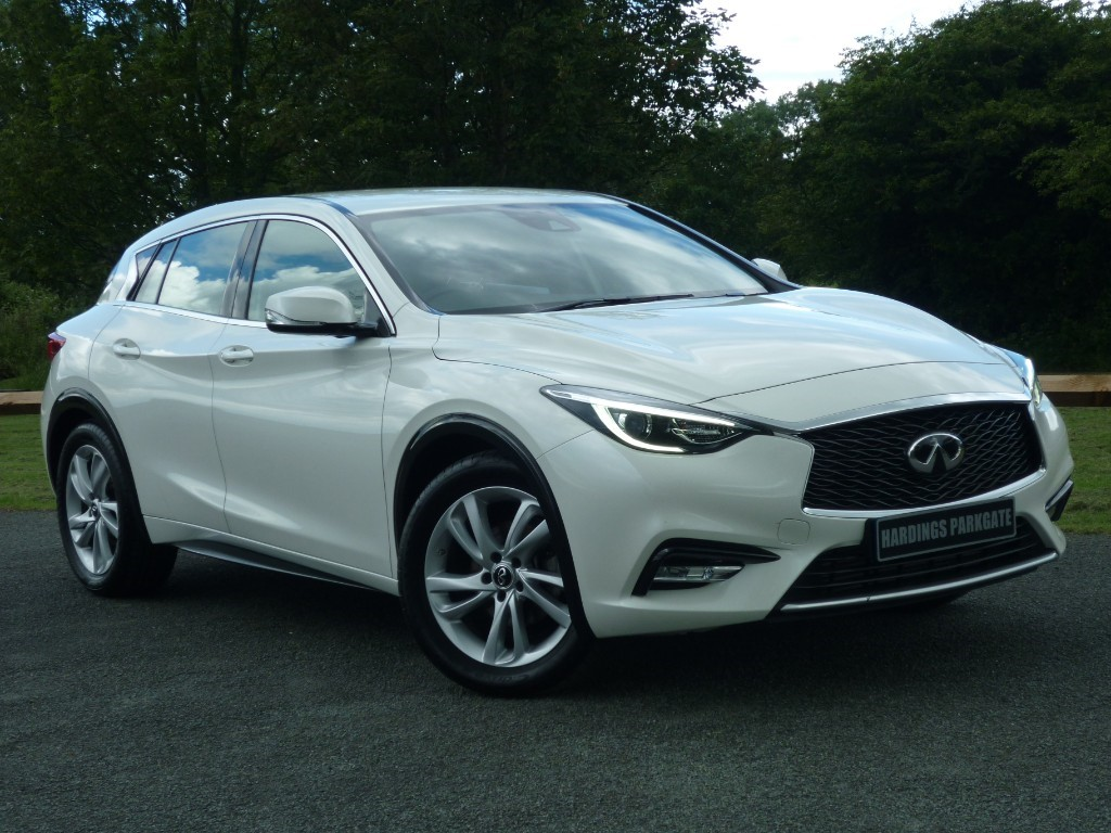 used Infiniti Q30 BUSINESS EXECUTIVE D in wirral-cheshire
