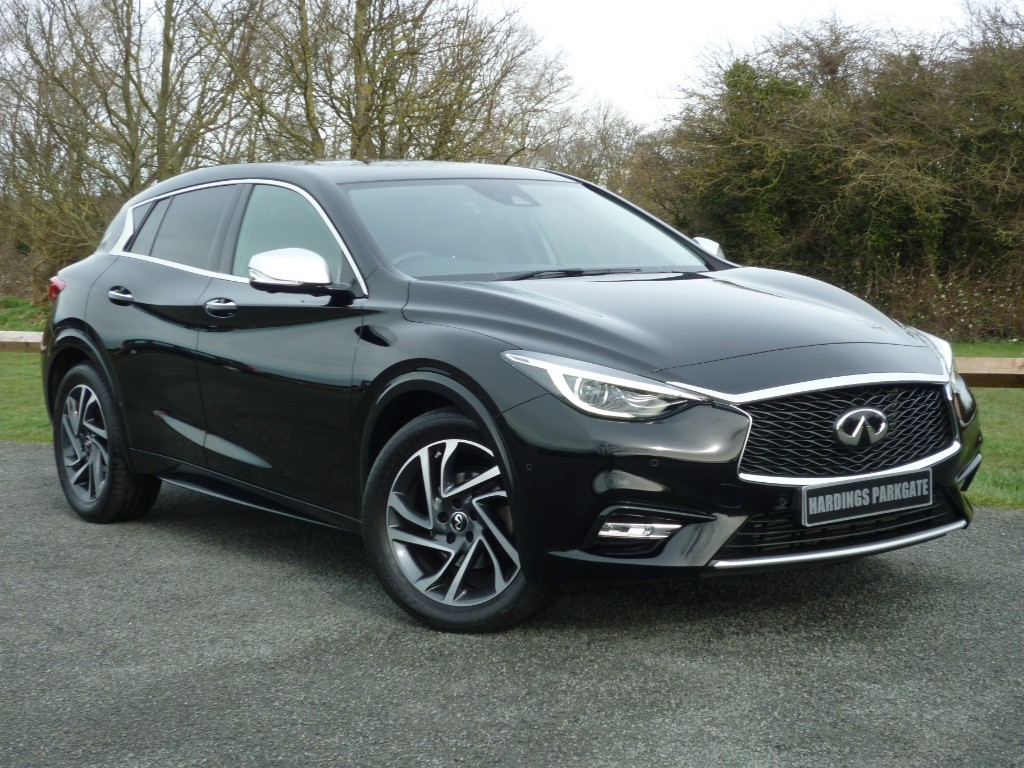 used Infiniti Q30 PREMIUM DCT AUTO [IN-TOUCH NAV] + AA WARRANTY used cars in wirral-cheshire
