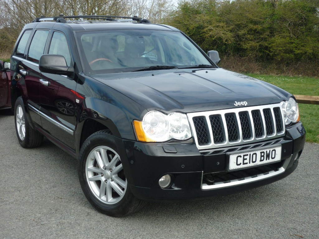 used Jeep Grand Cherokee V6 CRD OVERLAND in wirral-cheshire