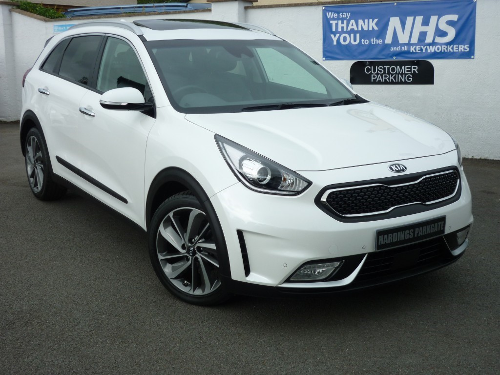 used Kia Niro FIRST EDITION HYBRID HIGH SPEC KIA WARRANTY TO APRIL 2024 used cars in wirral-cheshire