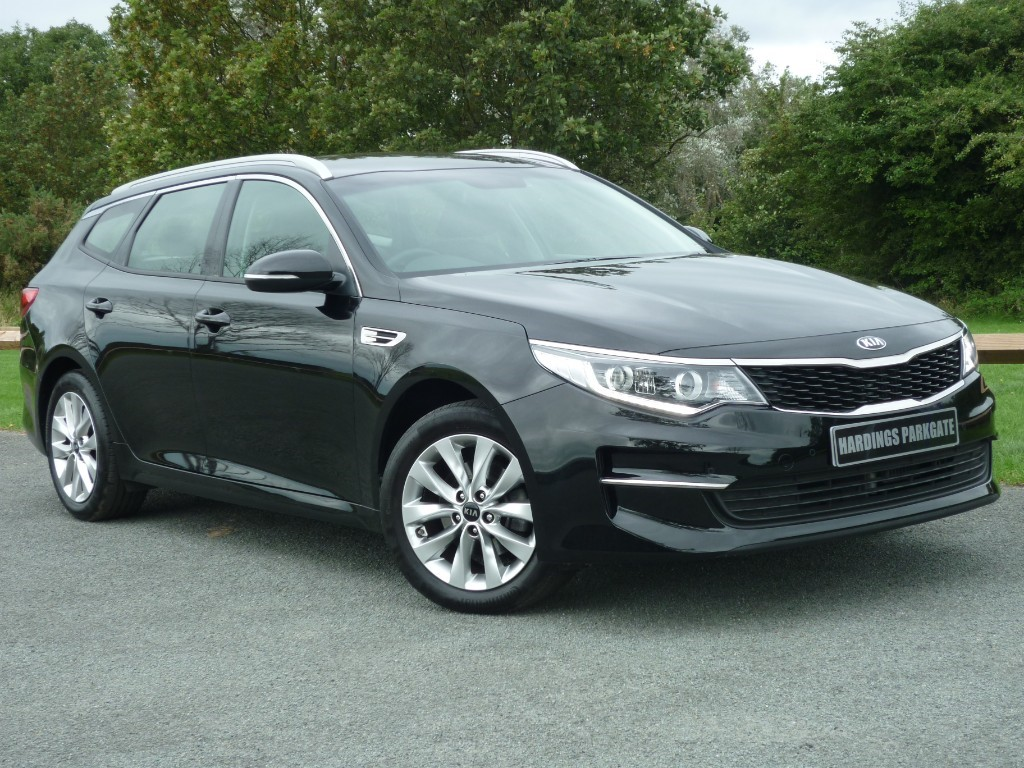 used Kia Optima CRDI 2 ISG ESTATE in wirral-cheshire