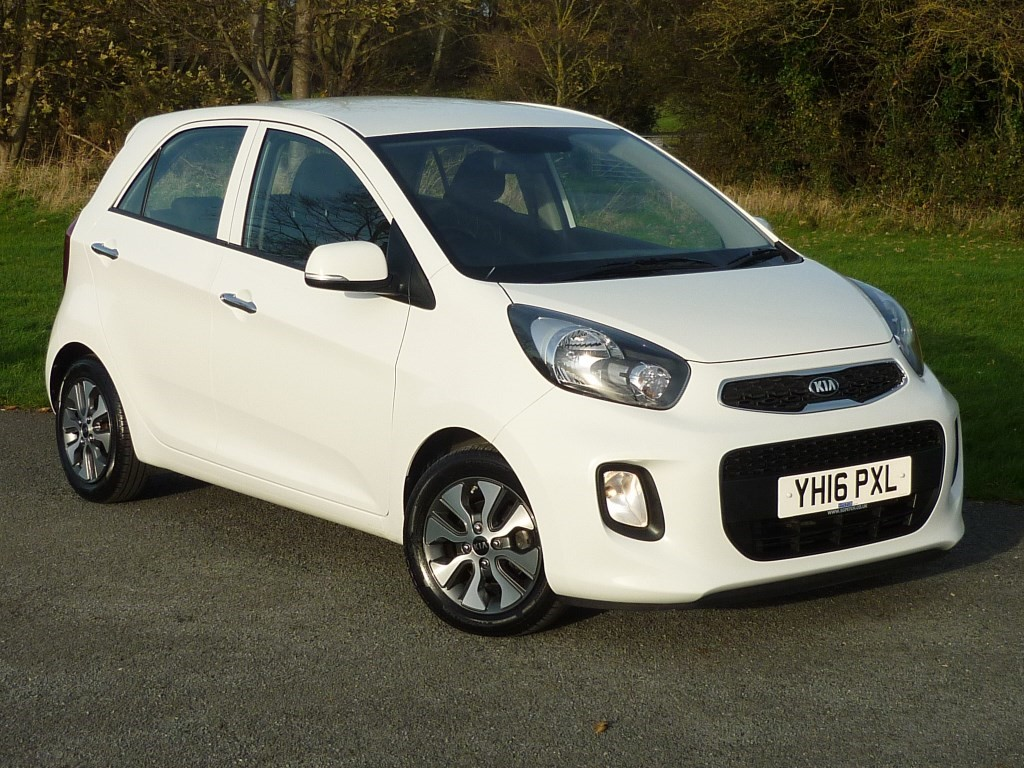 used Kia Picanto 2 AUTO WITH 1 YEAR FREE AA MEMBERSHIP** in wirral-cheshire