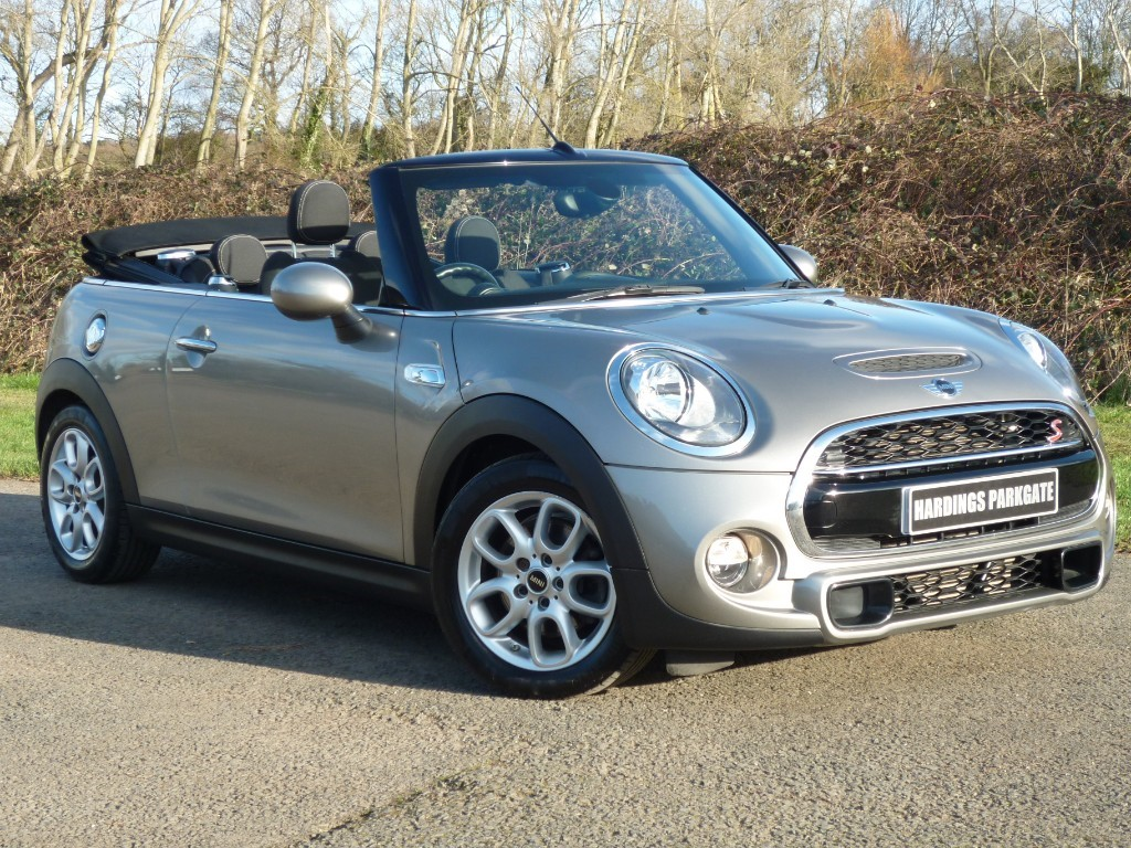 used MINI Convertible COOPER S WITH 2 YEARS FREE SERVICING* in wirral-cheshire