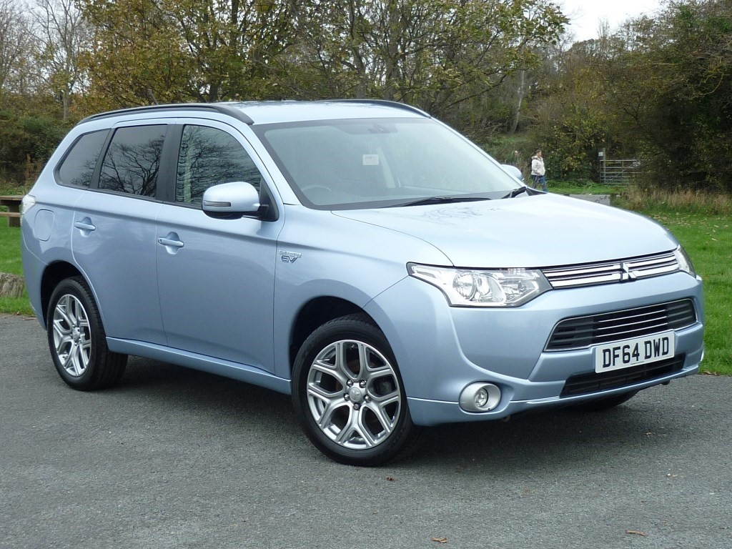 used Mitsubishi Outlander GX 3H [LEATHER] HYBRID in wirral-cheshire