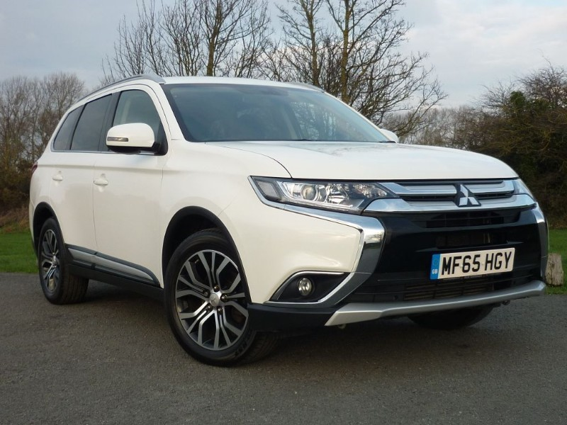 used Mitsubishi Outlander DI-D GX 3 SEVEN SEAT in wirral-cheshire