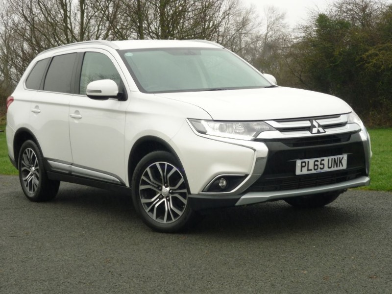used Mitsubishi Outlander DI-D GX 3 AUTO [LEATHER] 7 SEAT  in wirral-cheshire