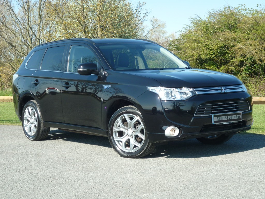 used Mitsubishi Outlander PHEV GX 4HS in wirral-cheshire