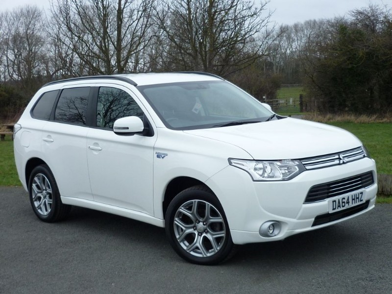 used Mitsubishi Outlander PHEV GX 3H in wirral-cheshire