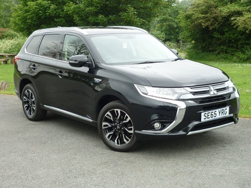 used Mitsubishi Outlander PHEV GX 3H PLUG IN HYBRID FREE HOME CHARGING POINT* in wirral-cheshire
