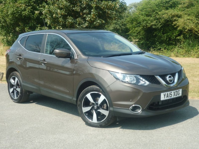 used Nissan Qashqai N-TEC DIG-T XTRONIC in wirral-cheshire