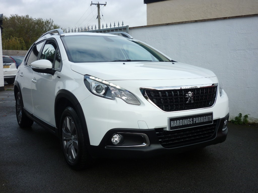 used Peugeot 2008 PURETECH S/S SIGNATURE AUTO WITH 2 YEARS FREE SERVICING* used cars in wirral-cheshire