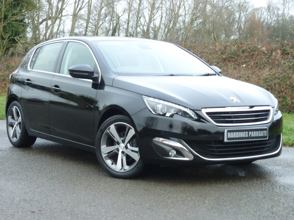 used Peugeot 308 S/S ALLURE 2 YEARS FREE SERVICING** in wirral-cheshire