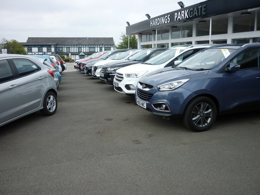 used Renault Captur GT LINE TCE in wirral-cheshire