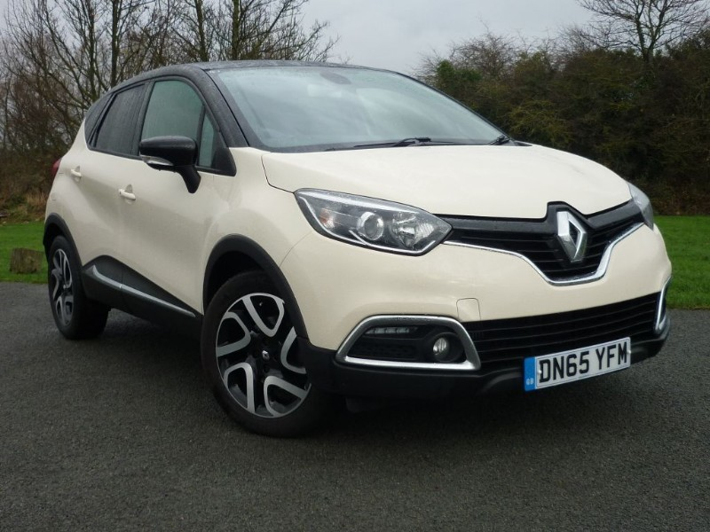 used Renault Captur DYNAMIQUE S NAV DCI AUTO in wirral-cheshire