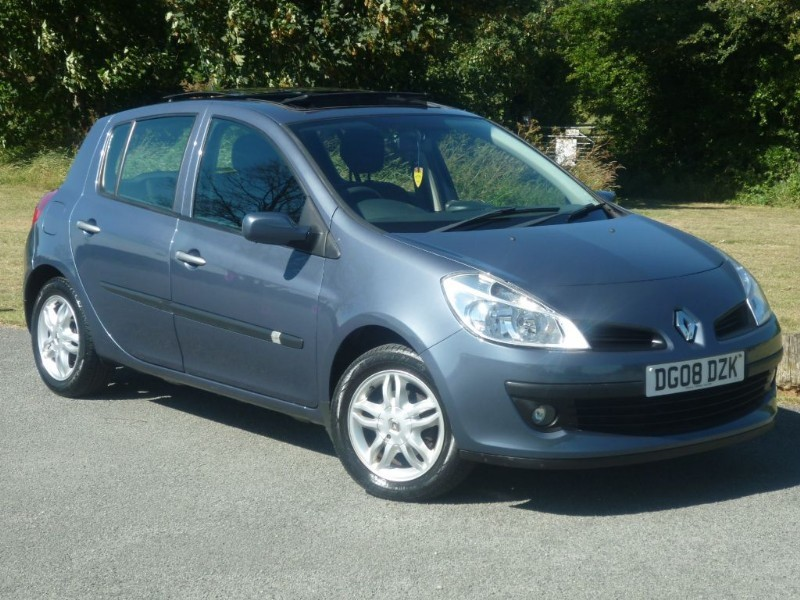 used Renault Clio TCE EXPRESSION  in wirral-cheshire