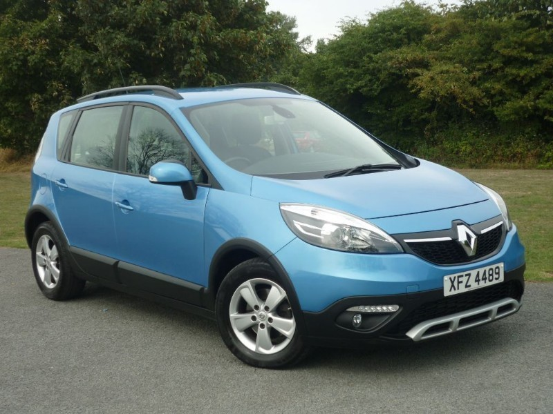 used Renault Scenic XMOD DYNAMIQUE TOMTOM ENERGY DCI S/S in wirral-cheshire