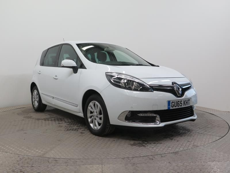used Renault Scenic DYNAMIQUE NAV DCI AUTO in wirral-cheshire