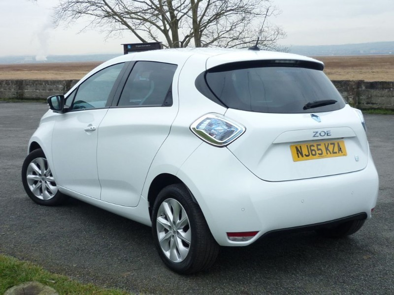 used glacier white renault zoe for sale cheshire. Black Bedroom Furniture Sets. Home Design Ideas
