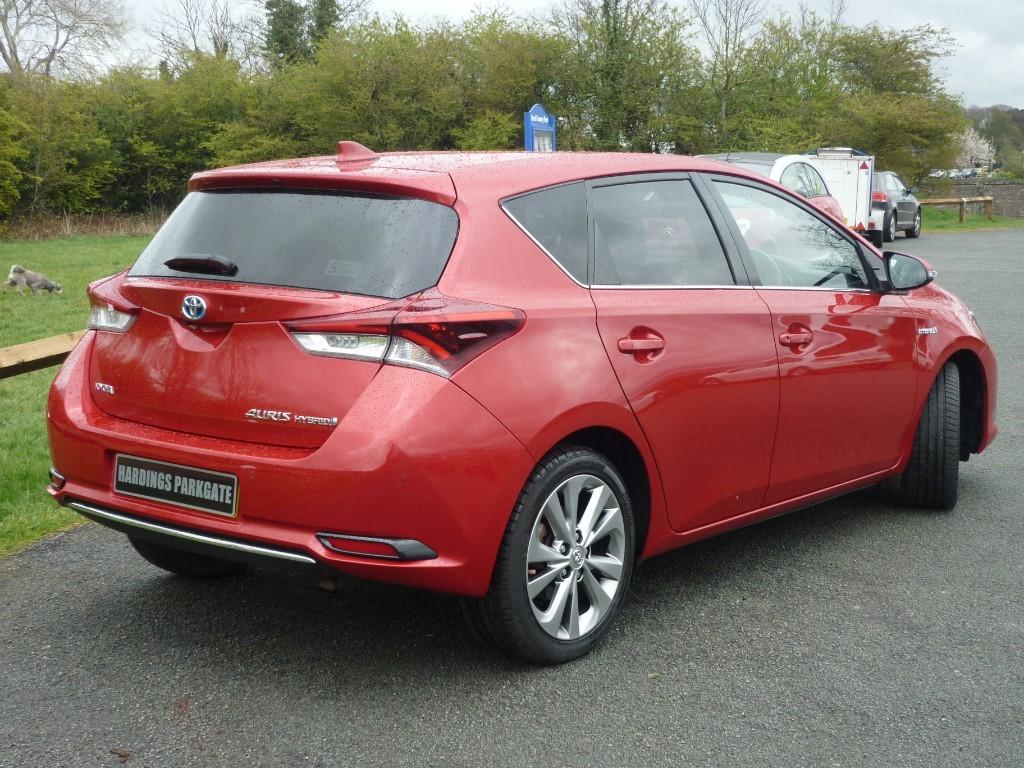 Used Nightfire Red Metallic Toyota Auris For Sale Cheshire
